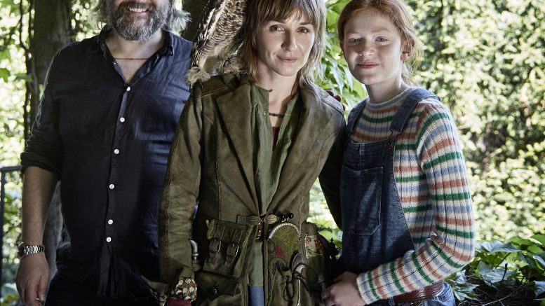 Kaspar Munch - instruktør - Sonja Richter med uglen TuTu som Isa og Gerda Langkilde Lie Kaas som Clara