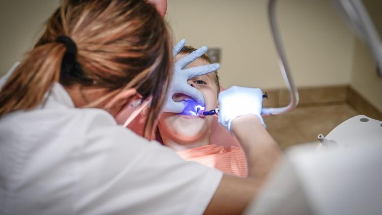 ZEK SS dentist-428649_1920